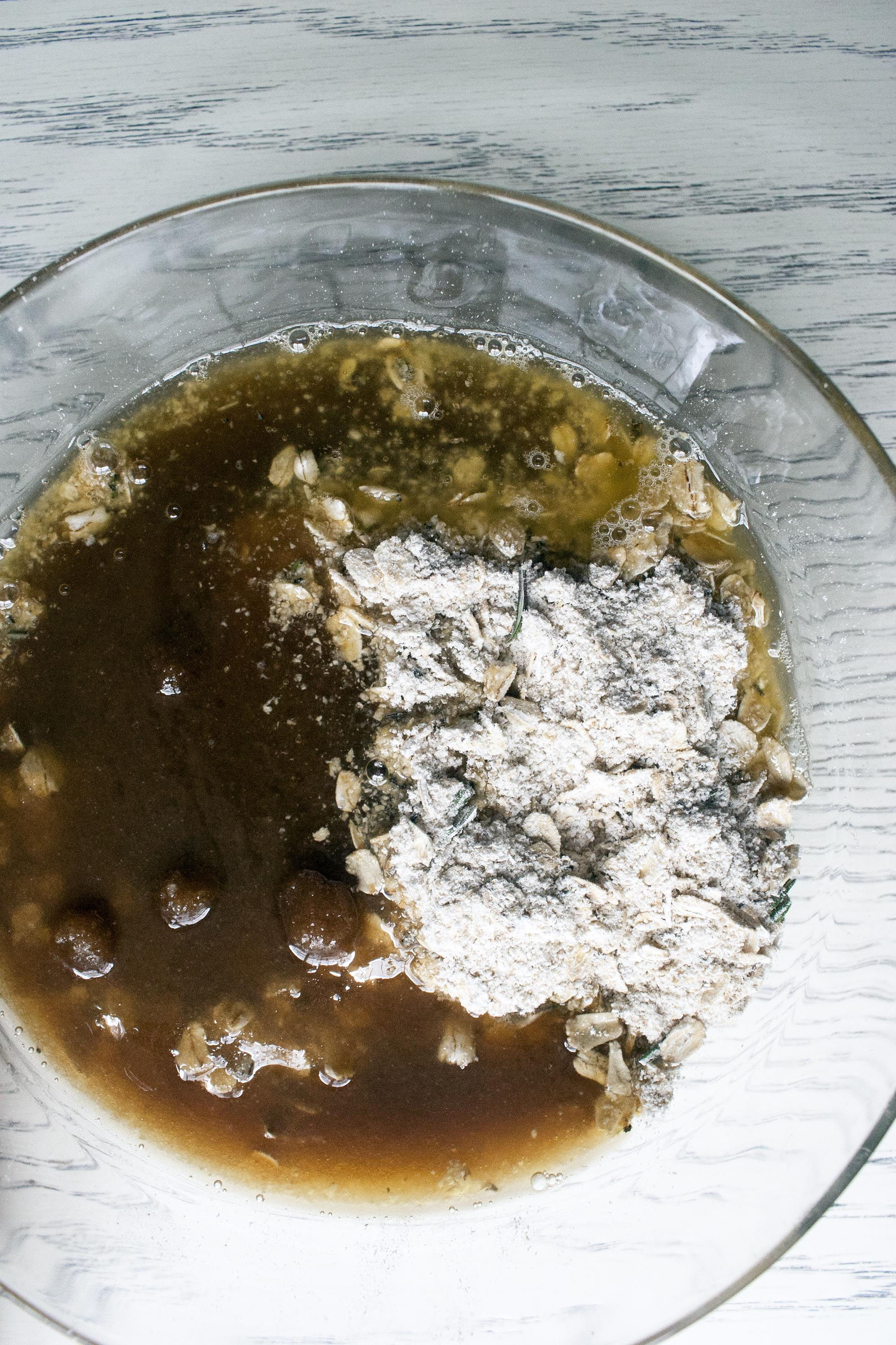 Wet and Dry ingredients mixed together for Salted Rosemary Oat Bark. www.lifeaswecookit.com